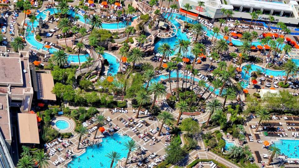 MGM swimming pool